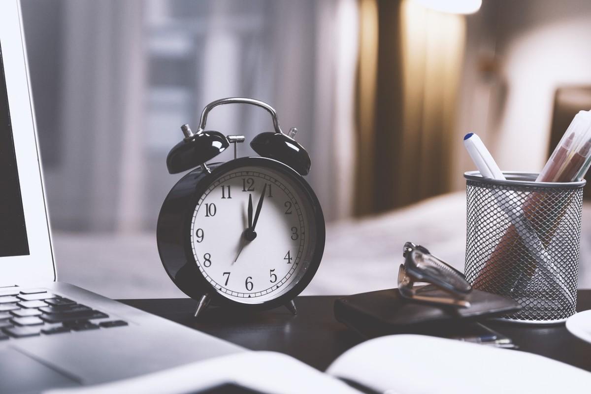 Time clock desk pens